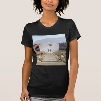 Lápiz contra la cámara - amantes tee shirt