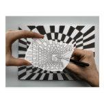 Lápiz contra la cámara - geometría tarjetas postales