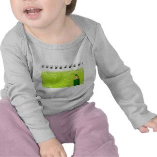 Lápiz del color verde con el colorante camisetas