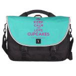 [Cupcake] keep calm and love cupcakes  Laptop Bags