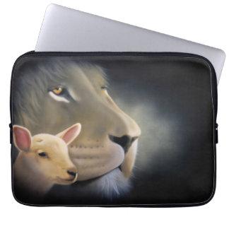 laptop case: Lion and it Lam Laptop Sleeve