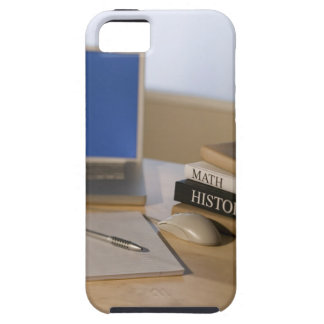 Laptop computer and textbooks iPhone SE/5/5s case