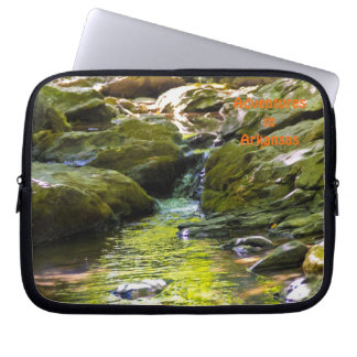 Laptop Sleeve with Secluded Stream