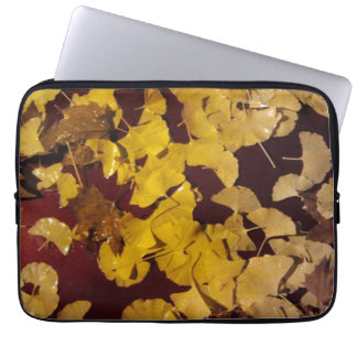 Laptop sleeve with yellow leaves