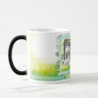 L'Arc de Triomphe Collage Magic Mug