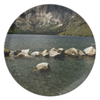 LARGE GRANITE BOULDERS IN A MOUNTAIN LAKE DINNER PLATE