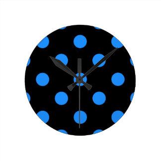 Large Polka Dots - Dodger Blue on Black Round Clock