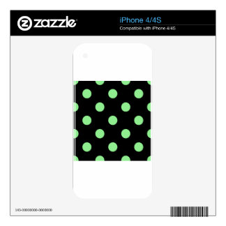 Large Polka Dots - Light Green on Black Skin For iPhone 4S