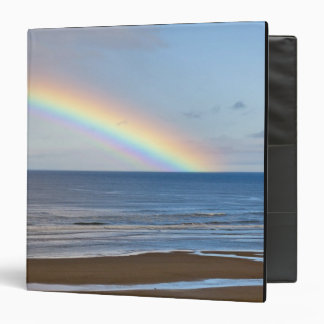 Large rainbow over the Pacific Ocean at Binders