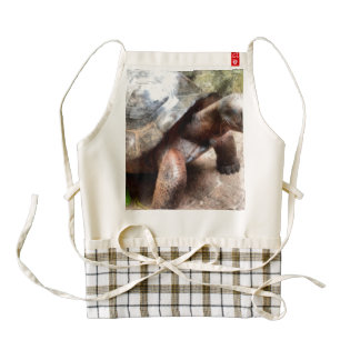 Large tortoise ready to make a move zazzle HEART apron