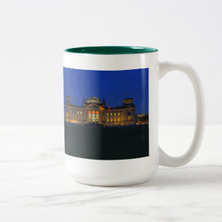Large two-colored cup green Reichstag
