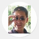 Larry Rosen con las gafas de sol Pegatina Redonda
