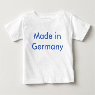 Larva in Germany Tee Shirts