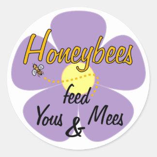 Las abejas alimentan a los pegatinas de Yous y de Etiquetas Redondas