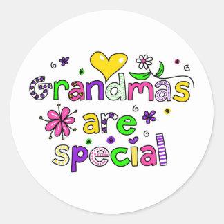 Las abuelas son especiales etiquetas redondas
