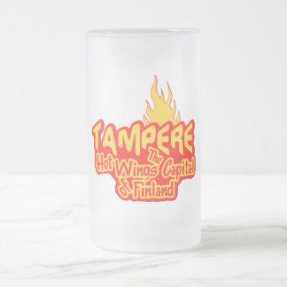 Las alas calientes de Tampere asaltan - elija el Taza De Cristal
