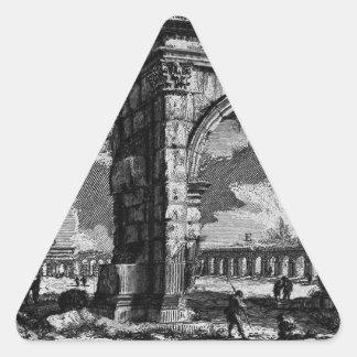 Las antigüedades romanas, T. 1, placa XXVI. Arco Pegatina Triangular