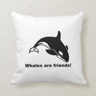 Las ballenas son amigos cojin