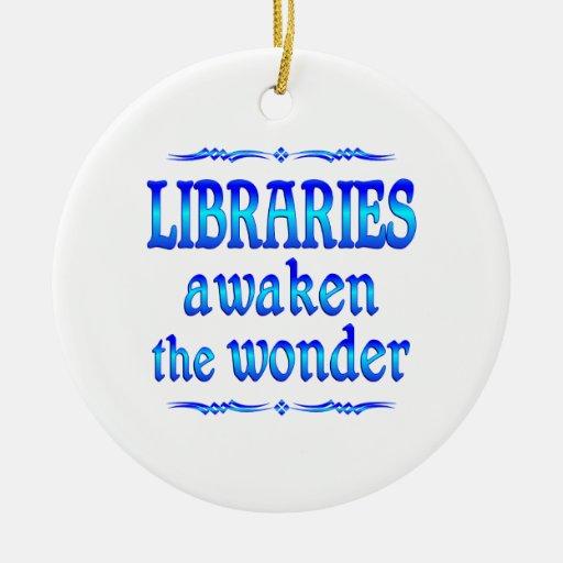 Las bibliotecas despiertan adorno navideño redondo de cerámica