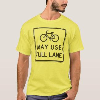 Las bicicletas pueden utilizar el carril lleno playera