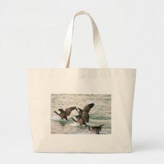 Las bolsas de asas de los gansos de Canadá