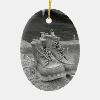 Las botas de un trabajador adornos