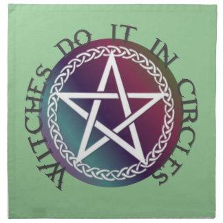 """Las """"brujas lo hacen en diseño pagano lindo de los servilleta"""