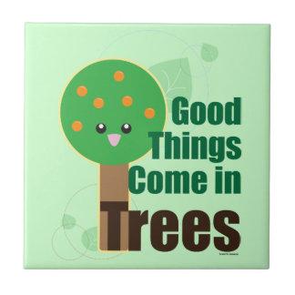 Las buenas cosas vienen en árboles azulejos ceramicos