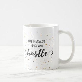 Las buenas cosas vienen taza inspirada del |