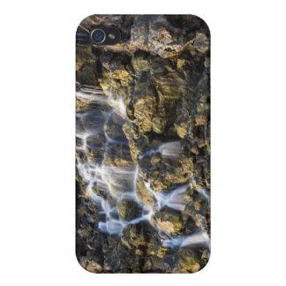 Las caídas de Brine de la roca volcánica caen iPhone 4 Fundas