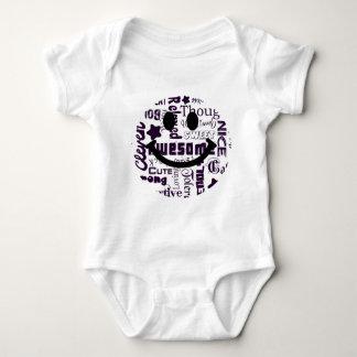 Las calidades positivas usted tiene smiley mameluco de bebé