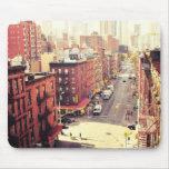 Las calles abajo alfombrillas de ratón