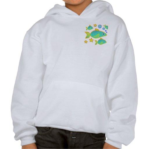 Las camisetas de los niños felices de los pescados