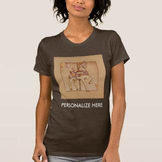 Las camisetas oscuras de las mujeres - león del