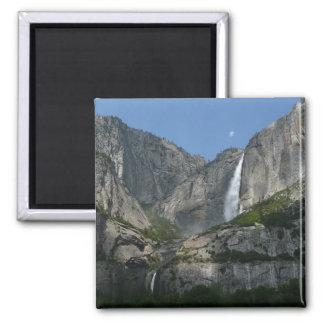 Las cataratas de Yosemite III del parque nacional Imán Cuadrado