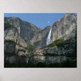 Las cataratas de Yosemite III del parque nacional Póster