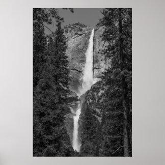 Las cataratas de Yosemite más bajas superiores Ans Póster