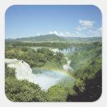Las cataratas del Iguazú escénicas de desatención Calcomanía Cuadradase