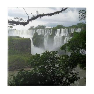 Las cataratas del Iguazú la Argentina Azulejo Cuadrado Pequeño