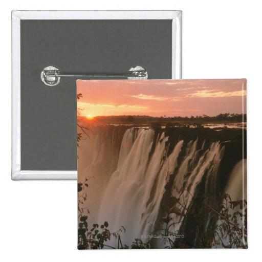 Las cataratas Victoria con el sol en horizonte, Vi Pins