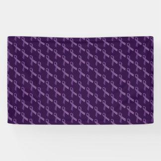 Las cintas púrpuras tejaron el modelo lona