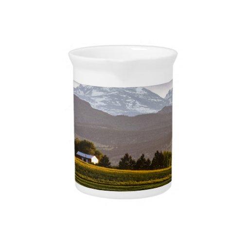 Las colinas están vivas jarra de beber
