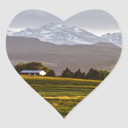 Las colinas están vivas pegatina en forma de corazón