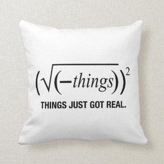 las cosas acaban de conseguir reales almohadas