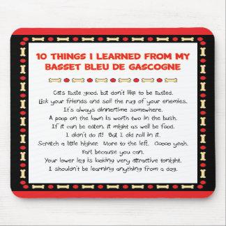 Las cosas divertidas aprendieron de Basset Bleu de Alfombrillas De Raton