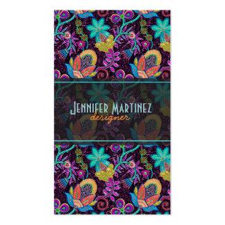Las cuentas de cristal coloridas miran diseño flor tarjeta personal