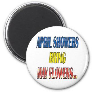 Las duchas Bring de abril pueden las flores Imán Redondo 5 Cm
