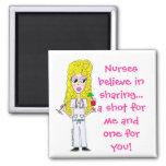 Las enfermeras creen en la distribución… imán de frigorifico