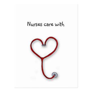 Las enfermeras cuidan con el corazón - regalo de postales