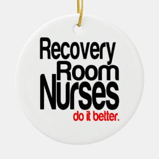 Las enfermeras del sitio de recuperación mejora adorno navideño redondo de cerámica